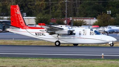 N32AL - Rockwell 690A Turbo Commander - Airlift Northwest