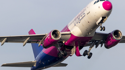 HA-LPW - Airbus A320-232 - Wizz Air
