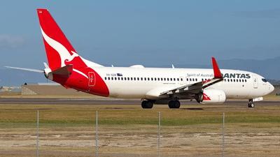 VH-XZN - Boeing 737-838 - Qantas