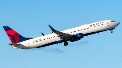 A picture of N879DN - Boeing 737932ER - Delta Air Lines - © Hector Rivera-HR Planespotter
