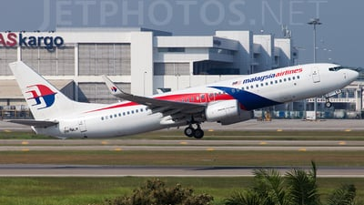 9M-MLR - Boeing 737-8H6 - Malaysia Airlines