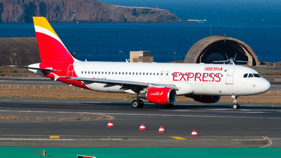 EC-MUF - Airbus A320-214 - Iberia Express