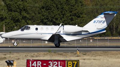 N71FB - Cessna 525 CitationJet M2 - Private