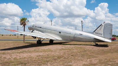 N8021Z - Douglas DC-3C - Falcon Aero