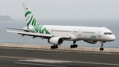 EC-LBC - Boeing 757-28A - Mint Airways