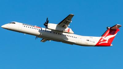 VH-LQM - Bombardier Dash 8-Q400 - QantasLink (Sunstate Airlines)