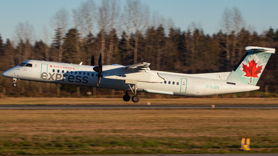 A picture of CGJZN - De Havilland Canada Dash 8400 - Air Canada - © CJMAviation