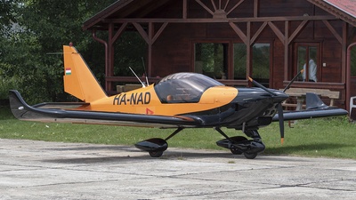 HA-NAD - Aero AT-3 R100 - Airwin Aviator School