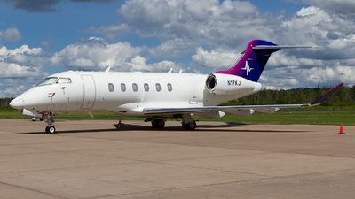 N17KJ - Bombardier BD-100-1A10 Challenger 300 - Private