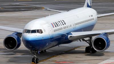 N648UA - Boeing 767-322(ER) - United Airlines
