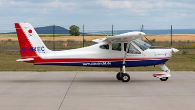 D-MKEC - Tecnam P92 Echo Super - Ultraleicht Flugschule Kassel-Calden
