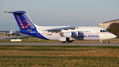 OO-DJY - British Aerospace Avro RJ85 - Brussels Airlines