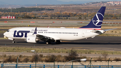 SP-LVB - Boeing 737-8 MAX - LOT Polish Airlines