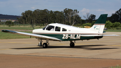 ZS-NLM - Piper PA-28-161 Warrior III - Private