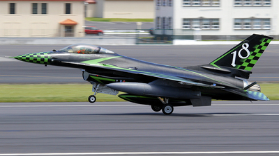 MM7240 - General Dynamics F-16A Fighting Falcon - Italy - Air Force