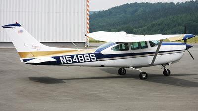 A picture of N5486S - Cessna TR182 Turbo Skylane RG - [R18201585] - © Andreas van den Berg