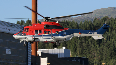 A picture of LNOMH - Airbus Helicopters H215 - CHC Helikopter Service - © Stig Rokkones