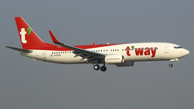 HL8300 - Boeing 737-8AL - T'Way Air