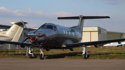 M-ARTY - Pilatus PC-12/47E - Private