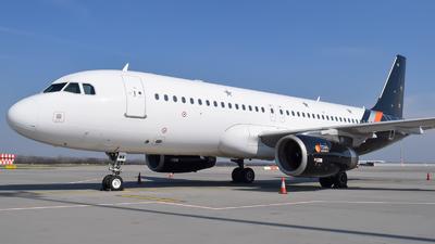 G-POWK - Airbus A320-233 - Titan Airways
