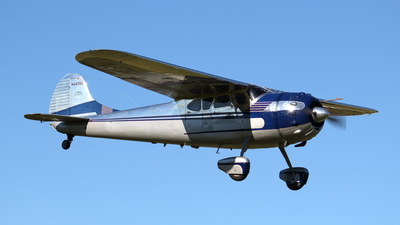 N4426C - Cessna 195 - Private