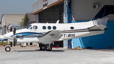 A picture of PTWIH - Beech C90A King Air - [LJ1396] - © raphacwb