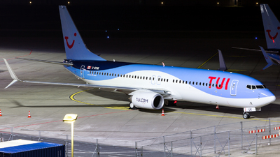 A picture of CGYUK - Boeing 7378K5 - [39094] - © Michael Pavlotski-Bamesberger