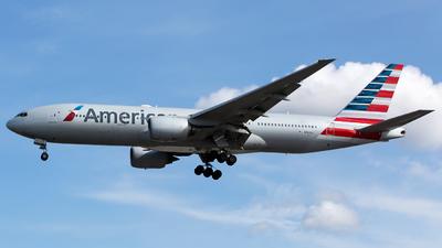 N767AJ - Boeing 777-223(ER) - American Airlines