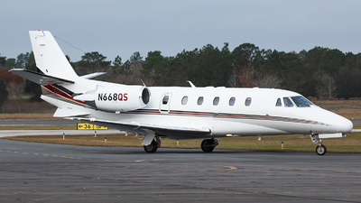 A picture of N668QS - Cessna 560XL Citation Excel - NetJets - © Orlando Suarez
