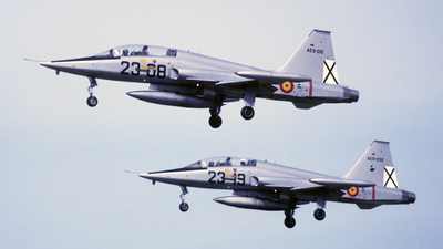 AE.9-015 - CASA SF-5B(M) Freedom Fighter - Spain - Air Force