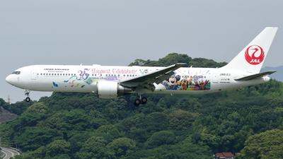 JA612J - Boeing 767-346(ER) - Japan Airlines (JAL)