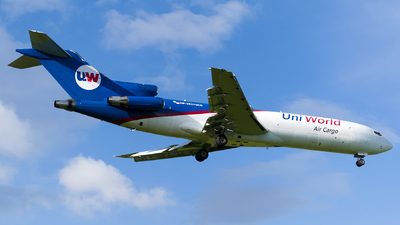 A picture of HP1937UCG - Boeing 7272A1(F) - Uniworld Air Cargo - © Esteban Cristancho