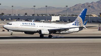 N87512 - Boeing 737-824 - United Airlines