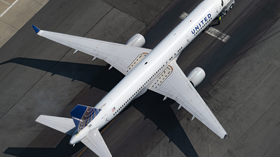N512UA - Boeing 757-222 - United Airlines