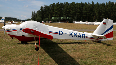 D-KNAR - Scheibe SF.25C Falke - Private