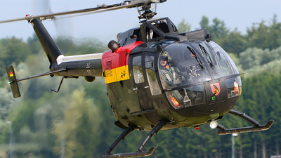 86-70 - MBB Bo105P1M - Germany - Army