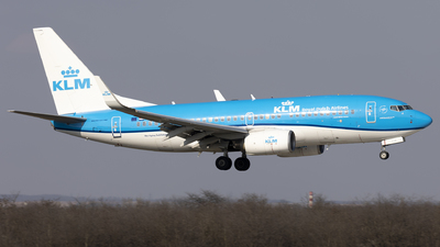A picture of PHBGF - Boeing 7377K2 - KLM - © Mr Szabi