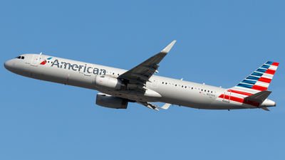 N124AA - Airbus A321-231 - American Airlines