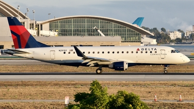 A picture of N291SY - Embraer E175LL - Delta Air Lines - © Lynn Aisin-Gioro