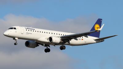 A picture of DAECF - Embraer E190LR - Lufthansa - © Justin Stöckel