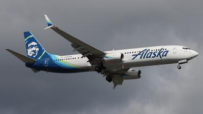 N423AS - Boeing 737-990ER - Alaska Airlines