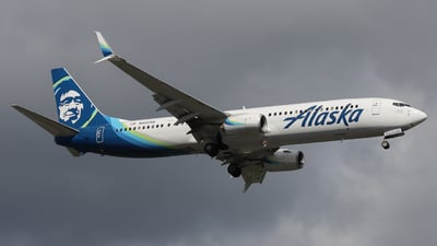 A picture of N423AS - Boeing 737990(ER) - Alaska Airlines - © Ethan Peters
