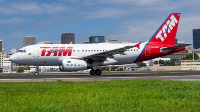 PR-MBN - Airbus A319-132 - TAM Linhas A�reas
