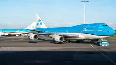 a klm boeing 747 400 registration ph bfn performing flight kl 566 callsign klm174 from nairobi kenya to amsterdam netherlands was climbing out of
