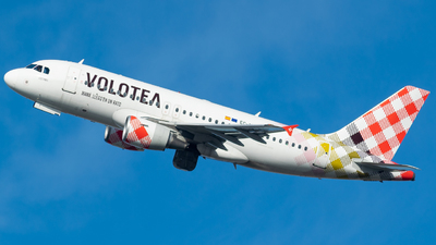 EC-MTM - Airbus A319-111 - Volotea