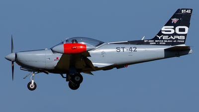 ST-42 - SIAI-Marchetti SF260D - Belgium - Air Force
