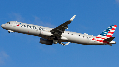 A picture of N128AN - Airbus A321231 - American Airlines - © Conor Clancy