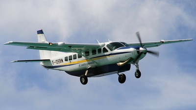 F-OSBM - Cessna 208B Grand Caravan - St Barth Commuter