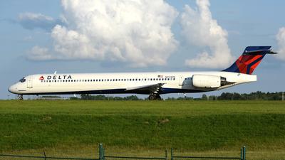 N923DN - McDonnell Douglas MD-90-30 - Delta Air Lines