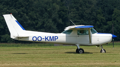 OO-KMP - Cessna 152 II - Private